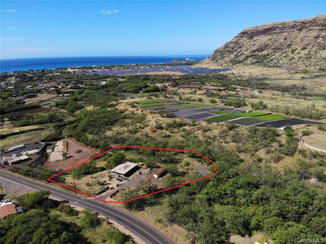 Photo of home for sale at 85-890 Waianae Valley Road, Waianae HI