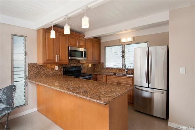 Photo of home for sale at 3225 Ala Ilima Street, Honolulu HI