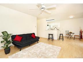Property for sale at 94-598 Lumiauau Street Unit: Q-101, Waipahu,  Hawaii 96797