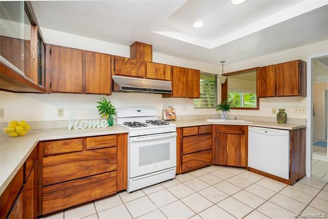 Photo of home for sale at 15-2773 Heepali Street, Pahoa HI