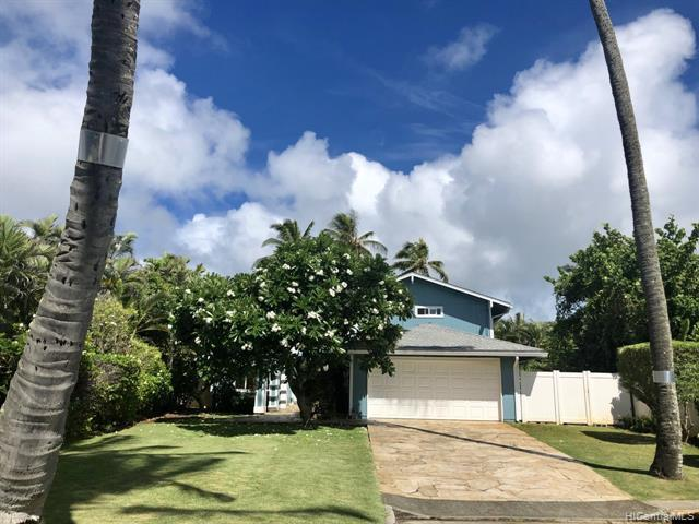 Photo of home for sale at 605 Launa Aloha Place, Kailua HI