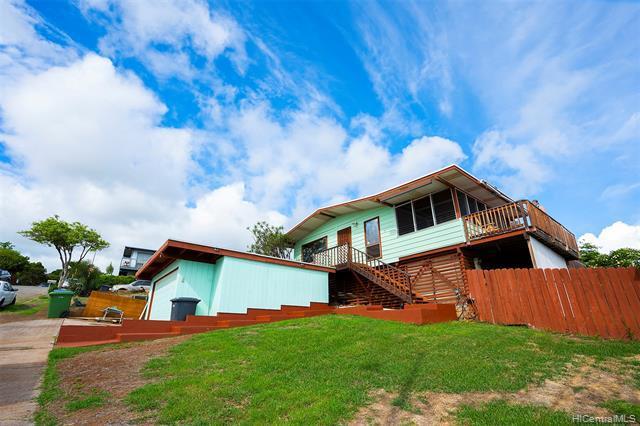 Photo of home for sale at 92-787 Lihau Street, Kapolei HI