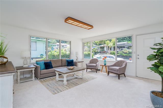 Photo of home for sale at 1840 Ala Noe Place, Honolulu HI