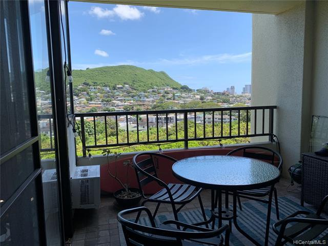 Photo of home for sale at 55 Judd Street S, Honolulu HI