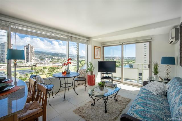 Photo of home for sale at 445 Kaiolu Street, Honolulu HI