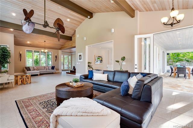 Photo of home for sale at 4764 Aukai Avenue, Honolulu HI