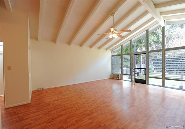 Photo of home for sale at 1471 Honokahua Street, Honolulu HI