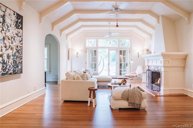 Photo of home for sale at 3320 Kahawalu Drive, Honolulu HI