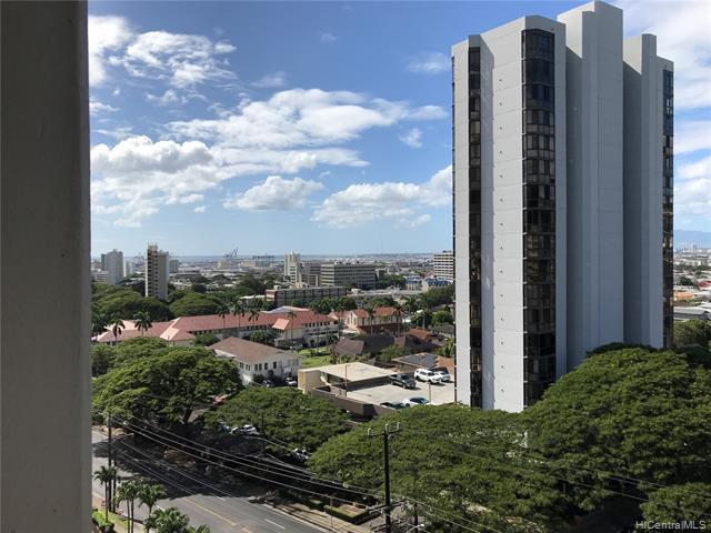 Photo of home for sale at 2055 Nuuanu Avenue, Honolulu HI