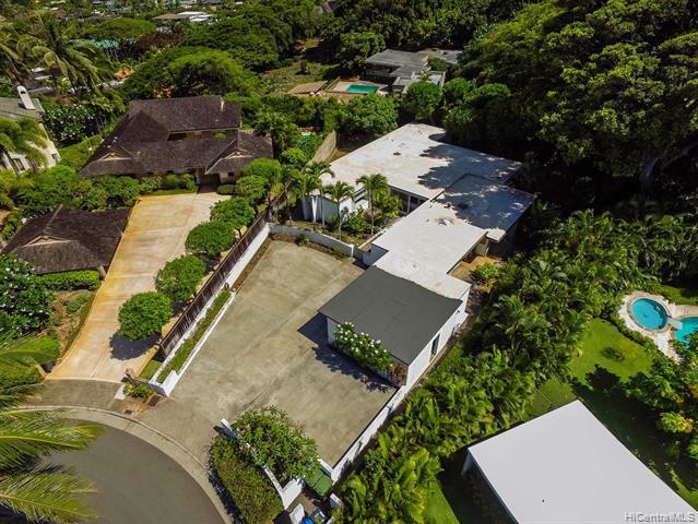 Photo of home for sale at 4369 Hopeloa Place, Honolulu HI