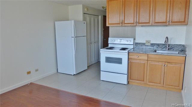 Photo of home for sale at 2211 Ala Wai Boulevard, Honolulu HI
