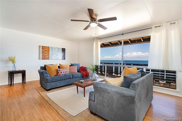 Photo of home for sale at 87-681 Farrington Highway, Waianae HI