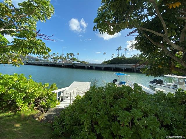 Photo of home for sale at 205 Kawaihae Street, Honolulu HI