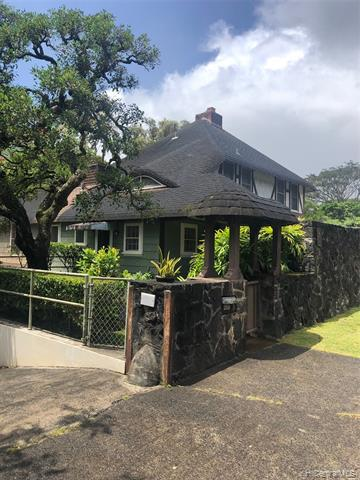 Photo of home for sale at 2958 Pali Highway, Honolulu HI