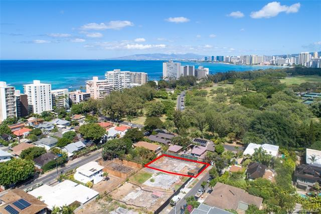 Photo of home for sale at 3015 Hibiscus Drive, Honolulu HI