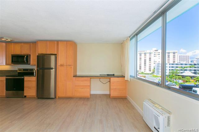 Photo of home for sale at 1560 Kanunu Street, Honolulu HI