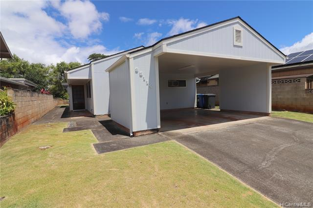 Photo of home for sale at 95-114 Lelewalo Street, Mililani HI