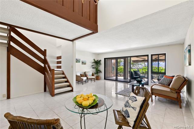 Photo of home for sale at 387G Kaelepulu Drive, Kailua HI