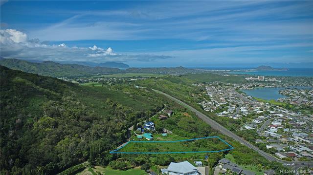 Photo of home for sale at 42-259 Old Kalanianaole Road, Kailua HI