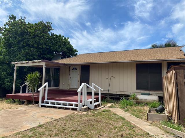 Photo of home for sale at 87-114 Mamoalii Place, Waianae HI