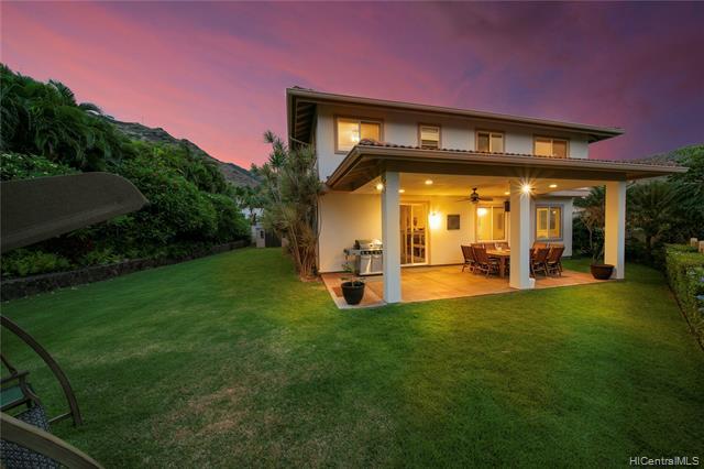 Photo of home for sale at 1004 Kaolo Street, Honolulu HI