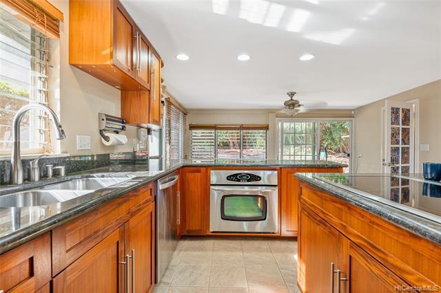 Photo of home for sale at 92-553 Akaula Street, Kapolei HI