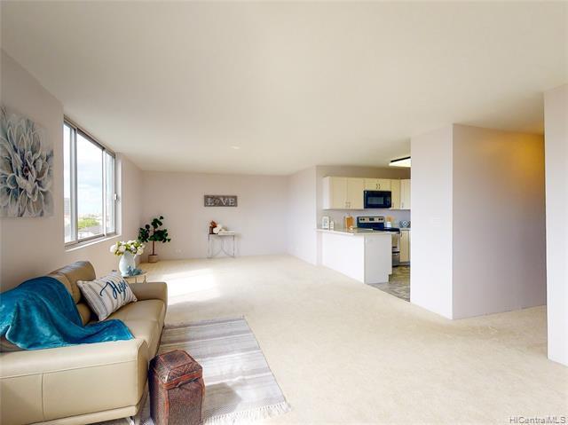 Photo of home for sale at 1032 Kinau Street, Honolulu HI