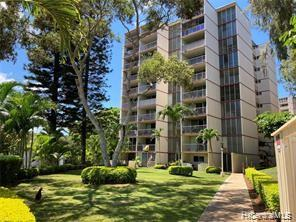 Photo of home for sale at 95-020 Waihonu Street, Mililani HI