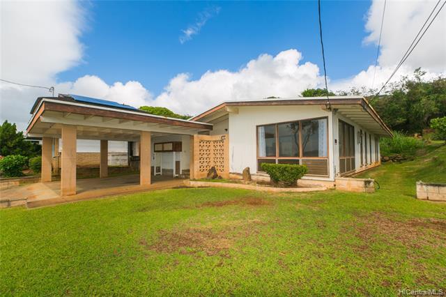 Photo of home for sale at 99-901 Aumakiki Loop, Aiea HI
