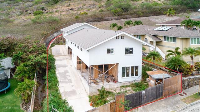 Photo of home for sale at 1280 Miloiki Street, Honolulu HI