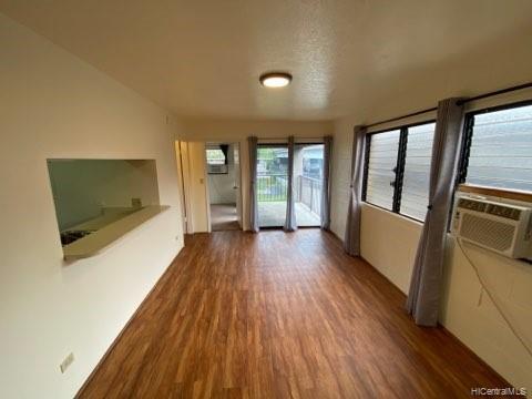 Photo of home for sale at 1242 Matlock Avenue, Honolulu HI