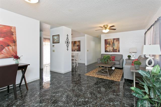 Photo of home for sale at 94-175 Kehela Place, Waipahu HI