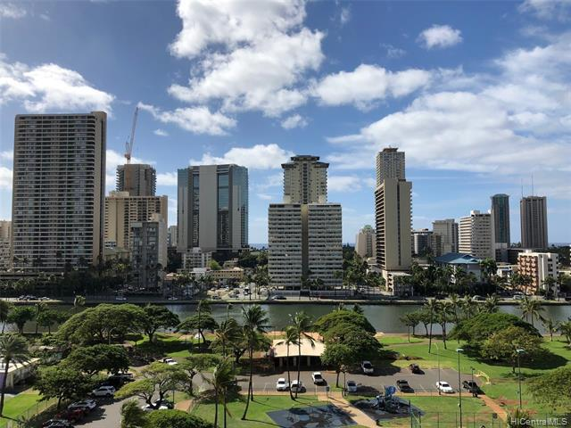 Photo of home for sale at 500 University Avenue, Honolulu HI