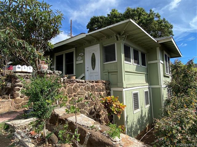 Photo of home for sale at 1581 Miller Street, Honolulu HI