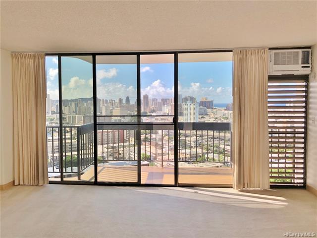 Photo of home for sale at 1560 Thurston Avenue, Honolulu HI