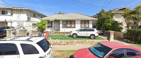 Photo of home for sale at 919 Winant Street, Honolulu HI