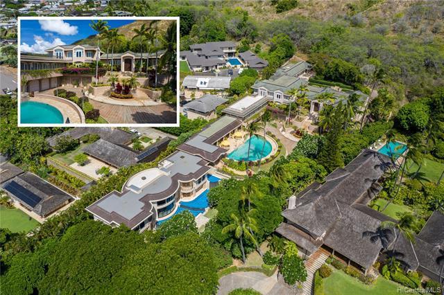 Photo of home for sale at 3239 Noela Drive, Honolulu HI