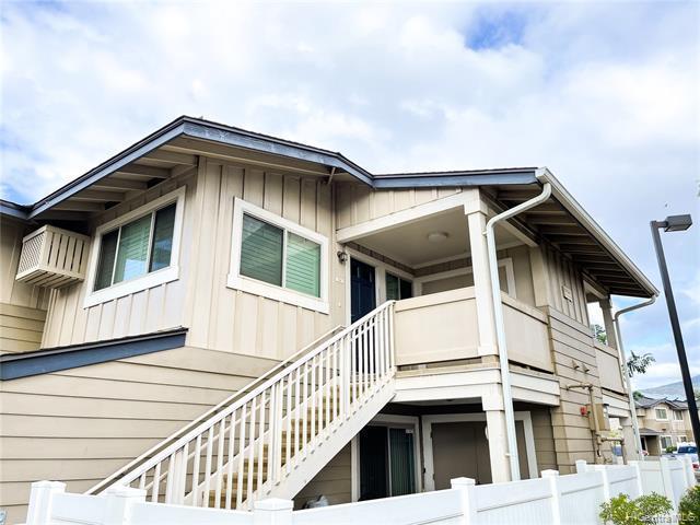 Photo of home for sale at 91-1029 Kamaaha Avenue, Kapolei HI