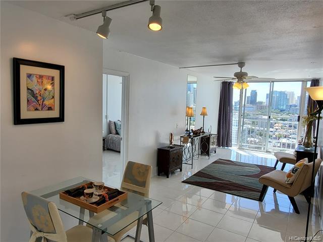 Photo of home for sale at 1215 Alexander Street, Honolulu HI