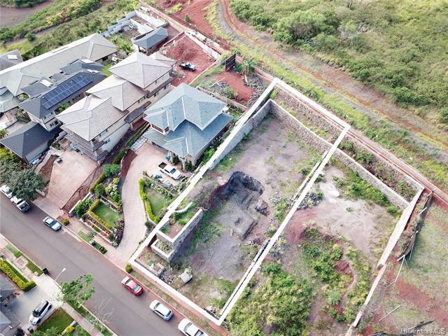 Photo of home for sale at 92-1172 Pueonani Street, Kapolei HI