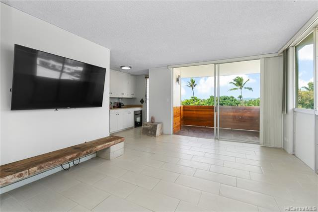 Photo of home for sale at 3017 Pualei Circle, Honolulu HI