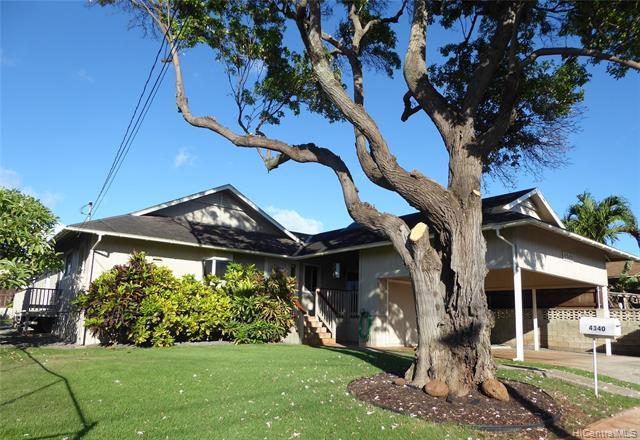 Photo of home for sale at 4340 Olaloa Street, Honolulu HI
