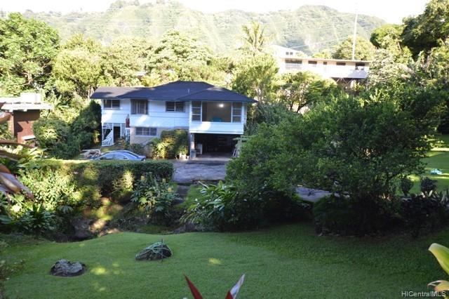 Photo of home for sale at 3680 Alani Drive, Honolulu HI
