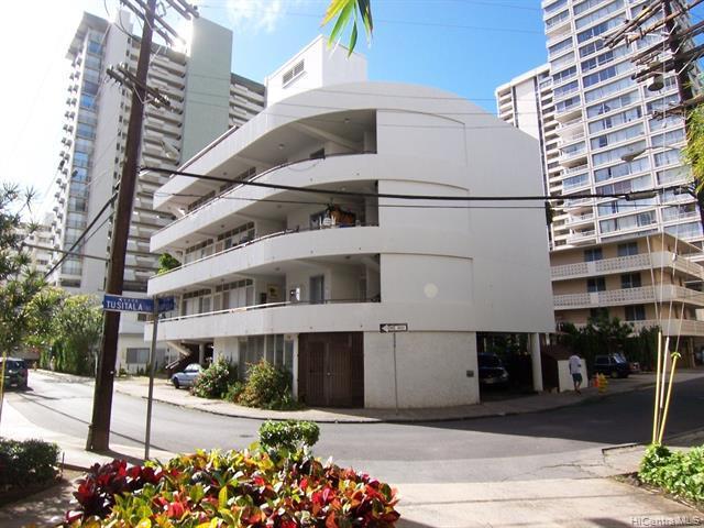 Photo of home for sale at 250 Kapili Street, Honolulu HI