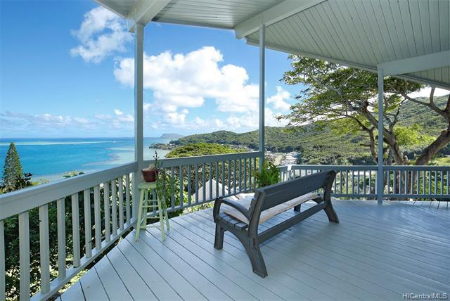 Photo of home for sale at 47-352 Mawaena Street, Kaneohe HI