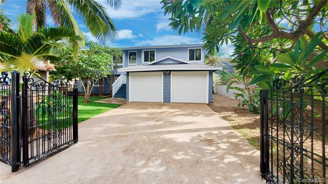 Photo of home for sale at 86-341 Kauaopuu Street, Waianae HI