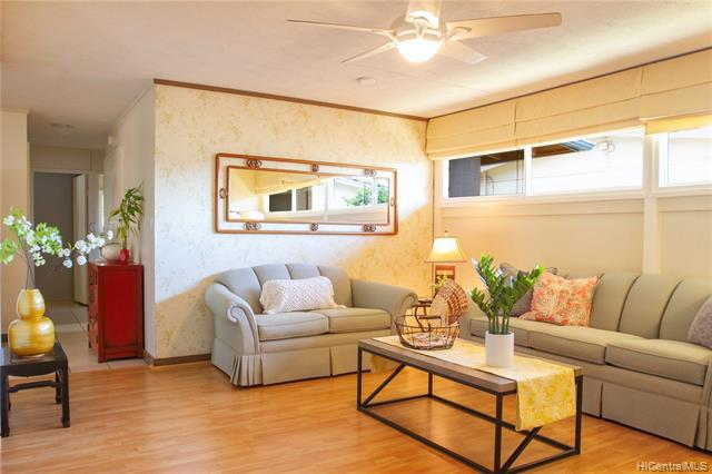 Photo of home for sale at 91-966 Ikulani Street, Ewa Beach HI
