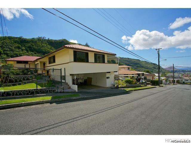Photo of home for sale at 2641 Gardenia Street, Honolulu HI