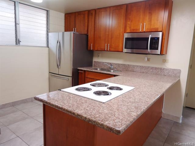 Photo of home for sale at 98-729 Moanalua Loop, Aiea HI