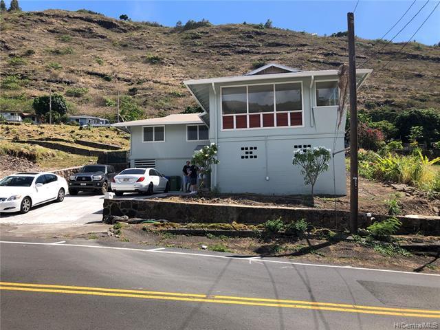 Photo of home for sale at 841 Ailuna Street, Honolulu HI